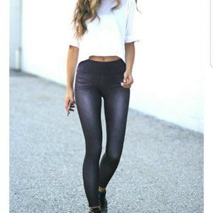 Lucy L / XL Dark Denim Look Leggings Active Crop